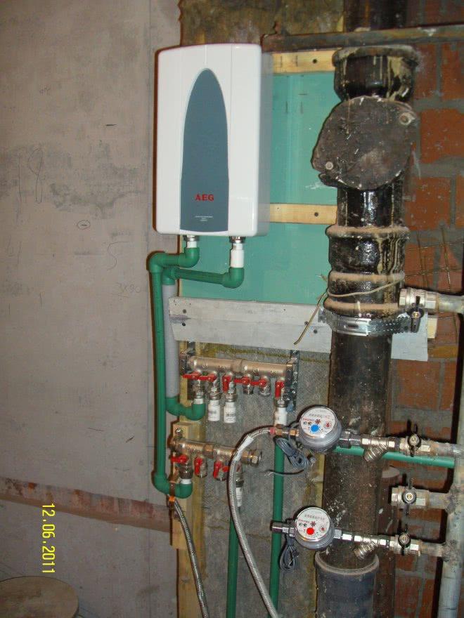 Газовый проточный водонагреватель монтаж