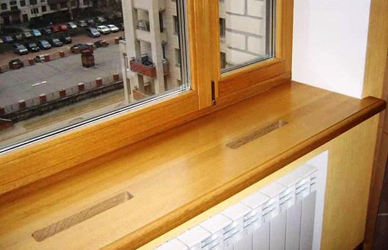 Установка деревянного подоконника