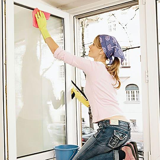 Чем вымыть окна