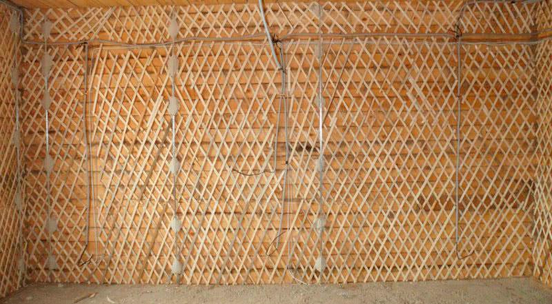 Подготовка деревянной стены к оштукатуриванию