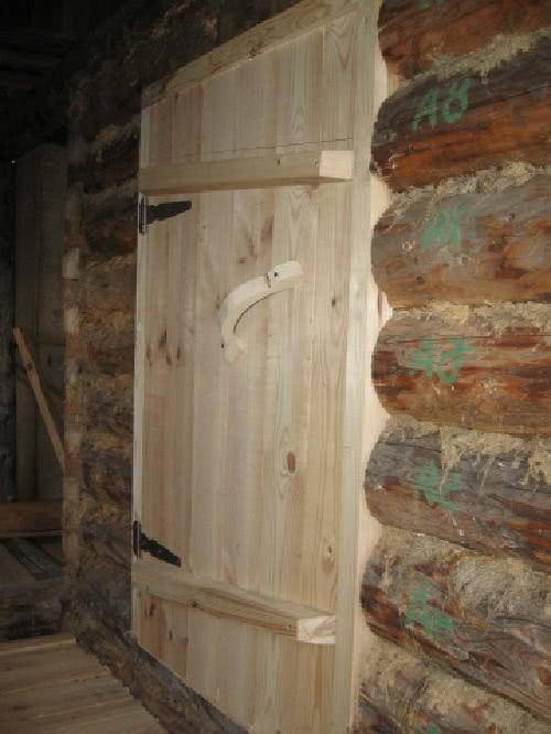 Какими должны быть двери для бани