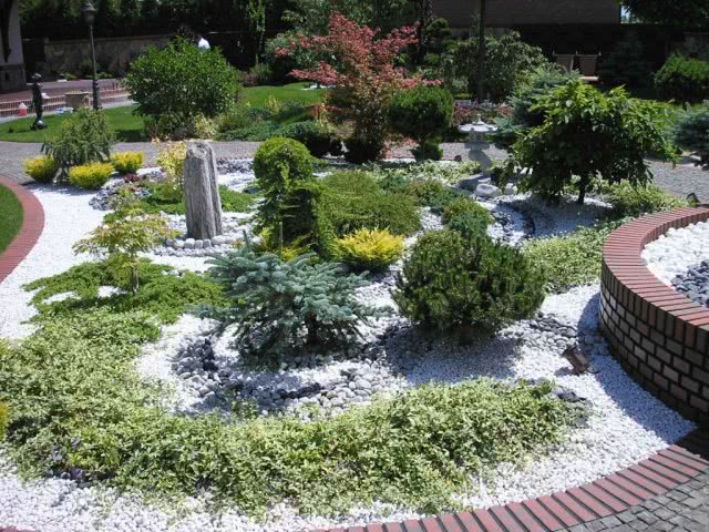 Озеленение территории частного дома