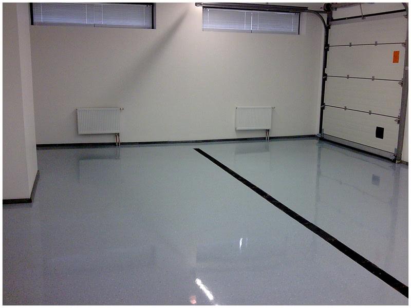 Так выглядит наливной пол в гараже