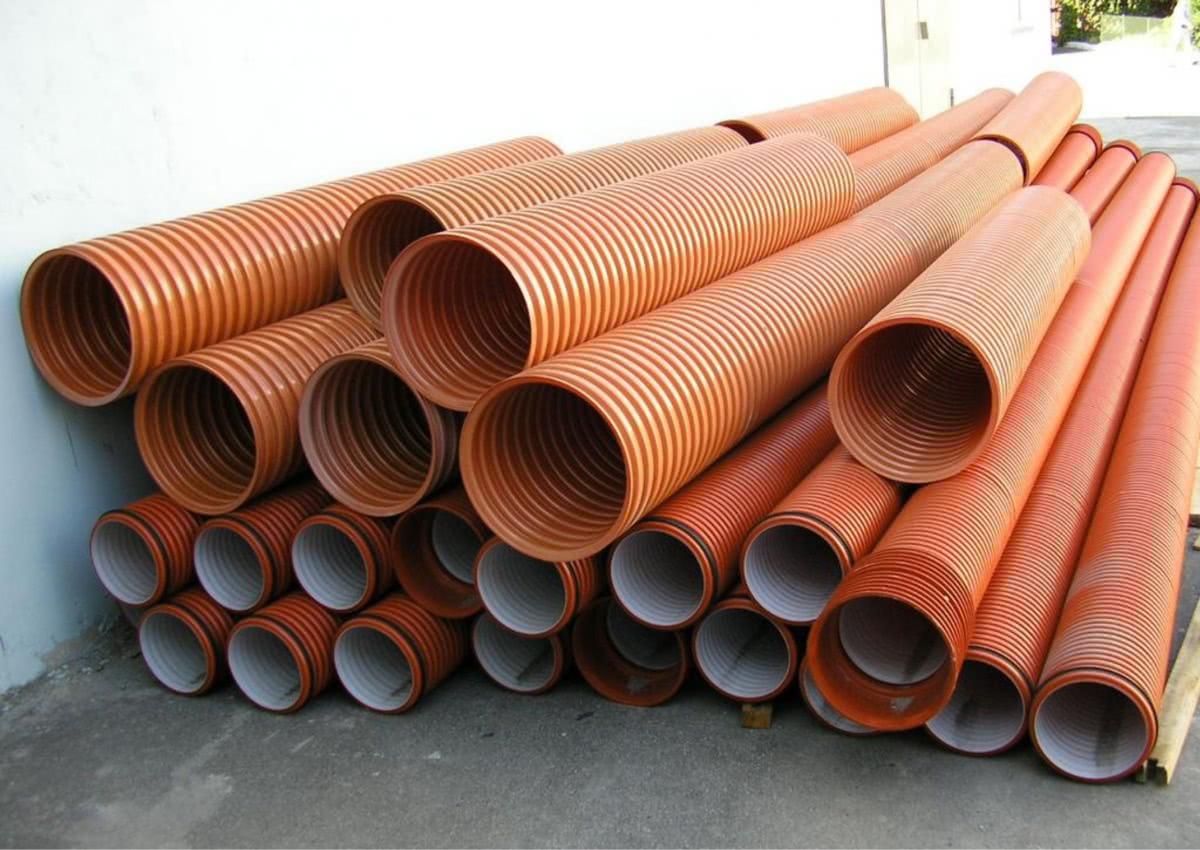 Гофрированные трубы ПВХ для наружной канализации