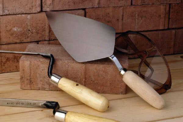 Лопатка для швов стен