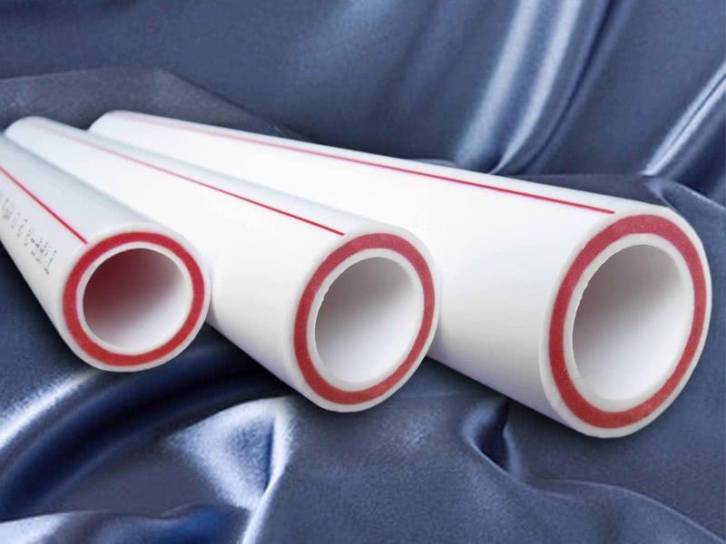 <a href='https://sanitarywork.ru/publications/plastikovye/standartnye-diametry-plastikovyx-trub-dlya-raznyx-' target='_blank'>Размеры пластиковых труб</a> для водопровода