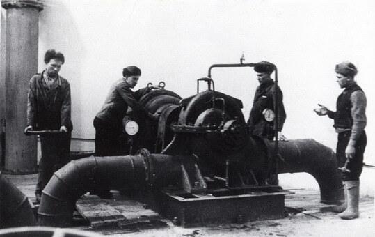 устройство водопроводов началось в XV веке