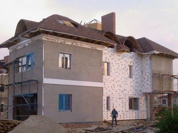 Облицовка стен дома