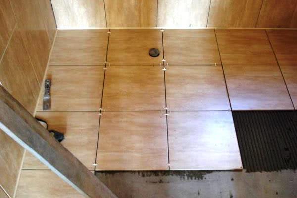 Как ложить плитку на кухне