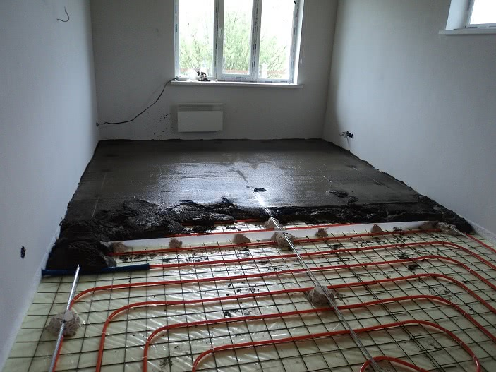 бетонная стяжка под теплый пол