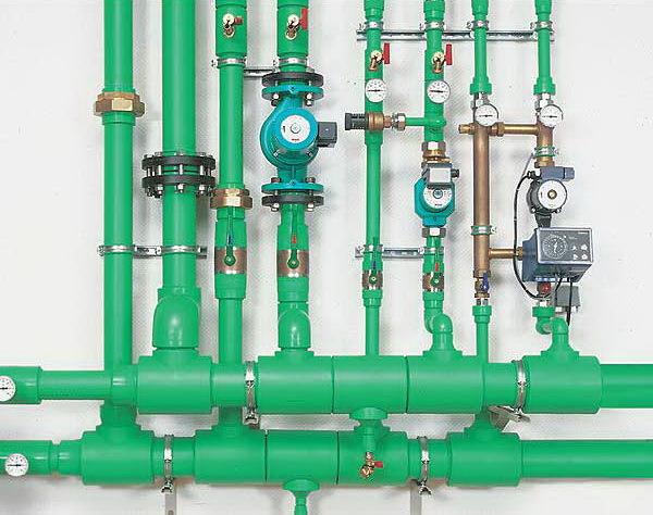 Установка системы водоснабжения