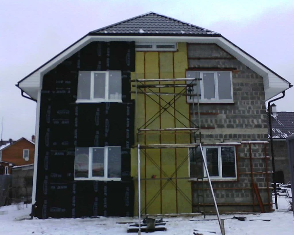 Дом, утепленный минеральной ватой