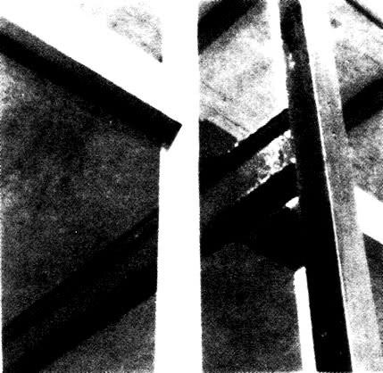 Примыкание балки перекрытия к наружной колонне