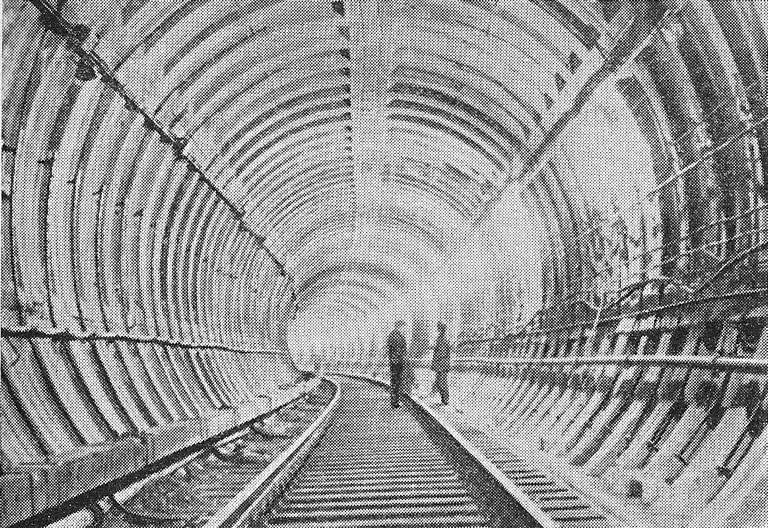 Тоннель с обделкой из сборного железобетона