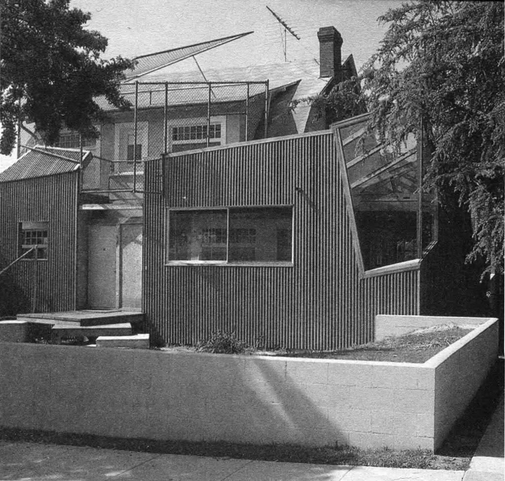 Дом архитектора Ф. Гери. Ф. Гери, Лос-Анджелес, США, 1978