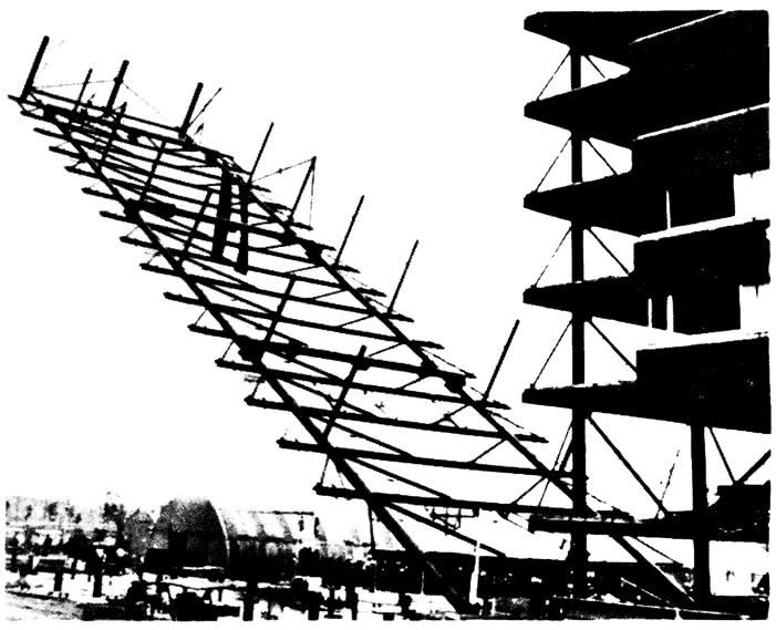 Установка рамы на всю высоту здания