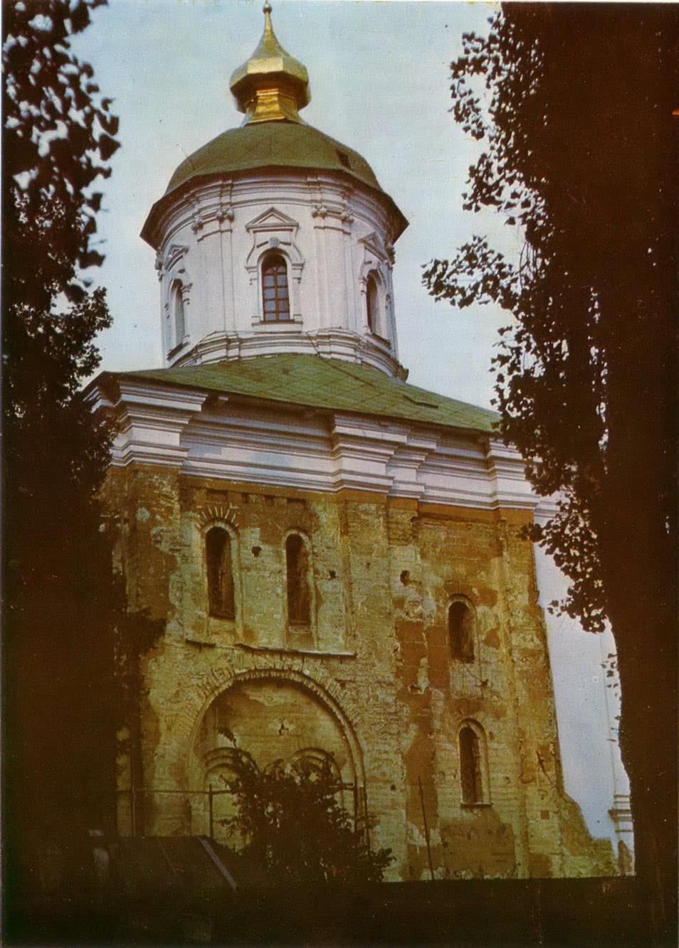 Михайловский собор Выдубецкого монастыря. Южный фасад