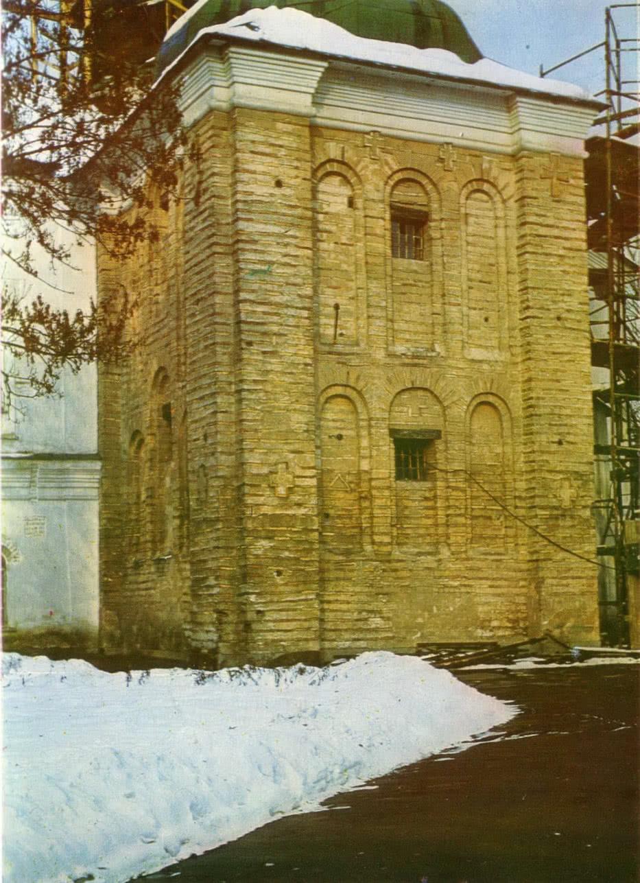 Церковь Спаса на Берестове. Общий вид