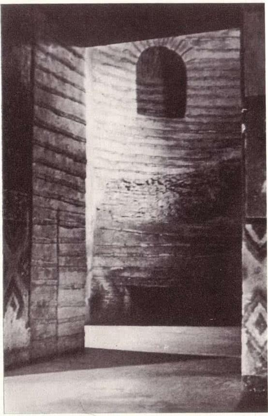 Церковь Спаса на Берестове. Интерьер башни