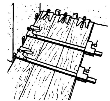 Установка клиньев и струбцины