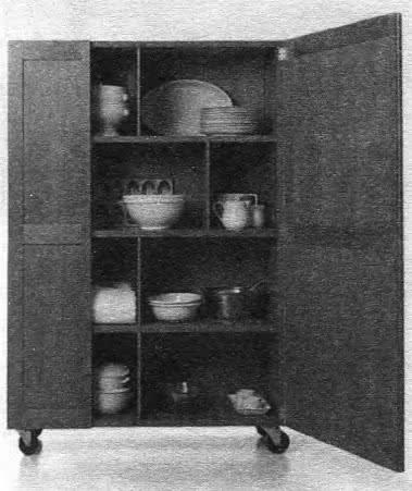 Шкаф посудный. В. Маджистретти, 90-е годы XX века