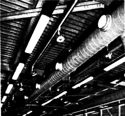 Инженерные коммуникации в перекрытии над торговыми помещениями