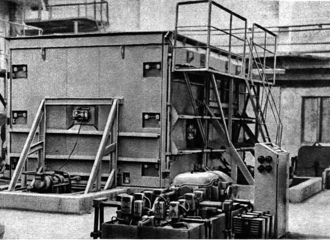Завод сборного железобетона №5. Машина для изготовления блок-комнат