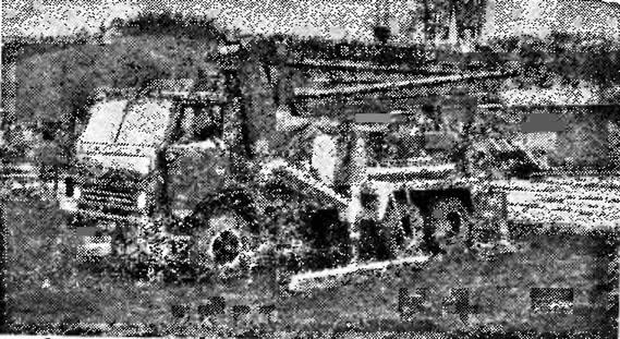 57. Бетононасос на автомобильном ходу