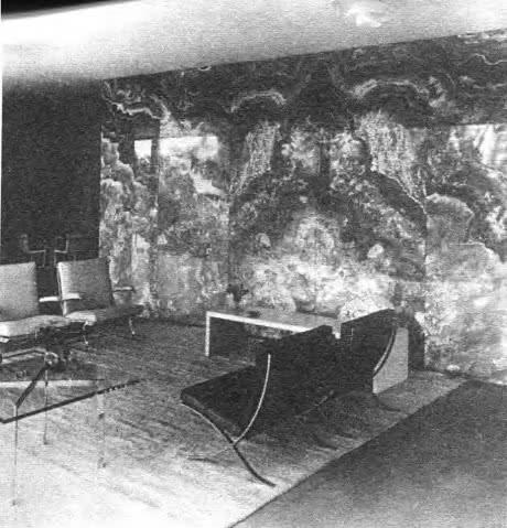 Кресла для виллы Тугенхата в Брно М. Ван дер Роэ, 1931