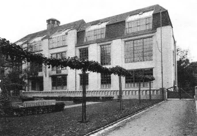 Баухауз. Здание школы в Веймаре. Архит. Анри ван де Вельде, 1910—1911