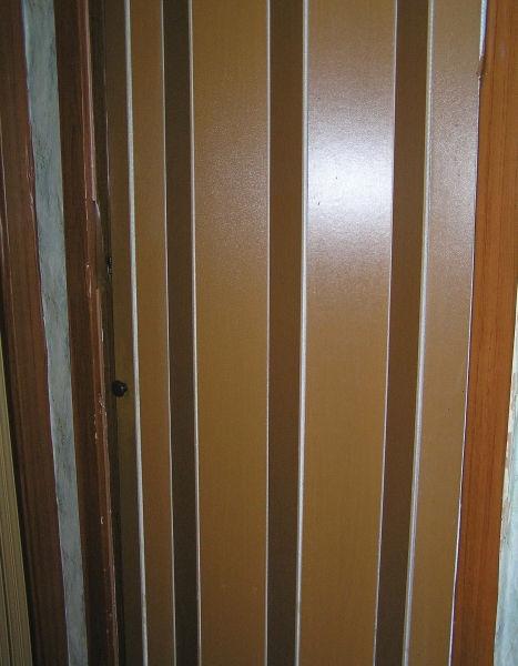 Рис.4.2. Дверь из ламината типа гармошка