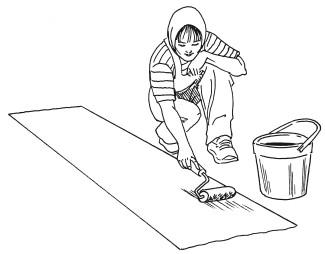 Рис.74. Нанесение клея на обои с помощью валика