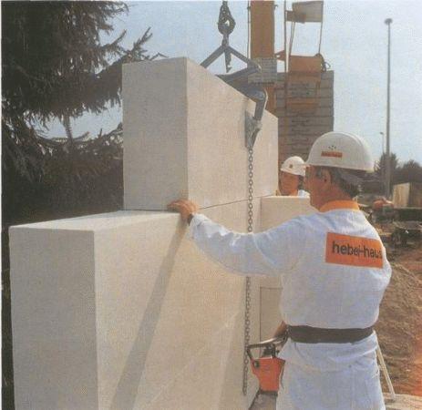 Крупный блок: если не может идти речи о строительстве своими руками