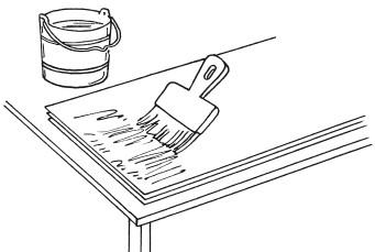 Рис.45. Нанесение клея на полотнище обоев