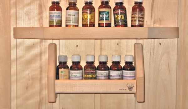 Фото 4.2.5. Особый изыск банной процедуре придают ароматизаторы, о большом выборе которых хозяева позаботились
