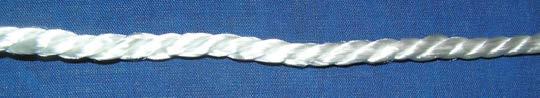 Рис.1.1. Полиамидная (капроновая) веревка в три жилы